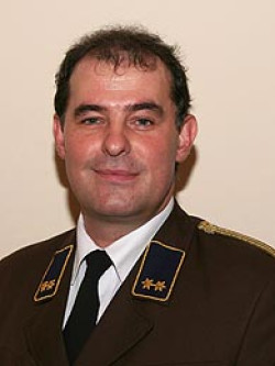 VI Klaus Pferzinger